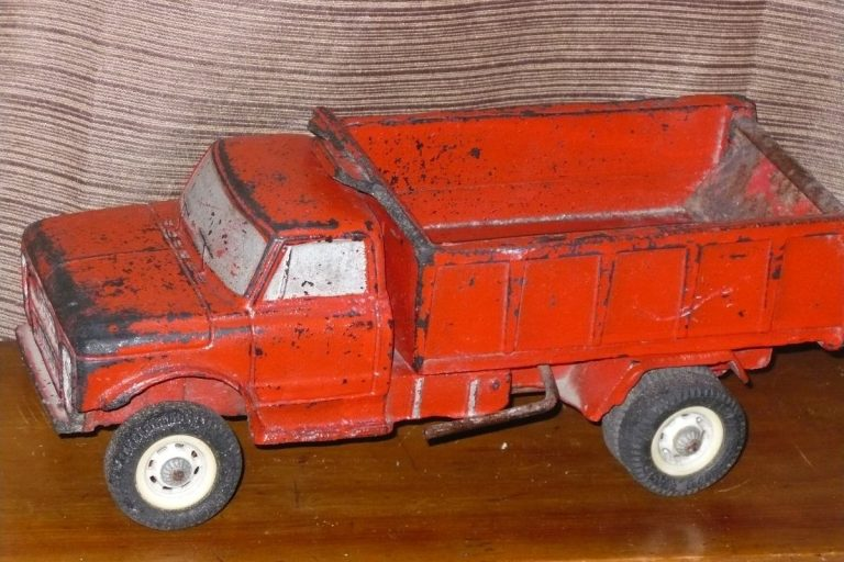 El camion duravit, y otros juguetes