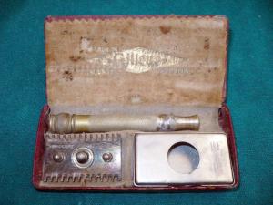 Una maquina antigua de afeitar Gillette